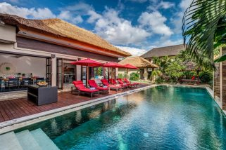 The Residence, Seminyak - Villa Nilaya - The pool and villa