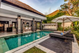 The Residence, Seminyak - Villa Jepun - Villa and pool during the day