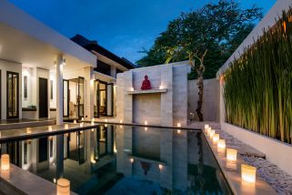 The Residence, Seminyak - Villa Zensa - The pool at night